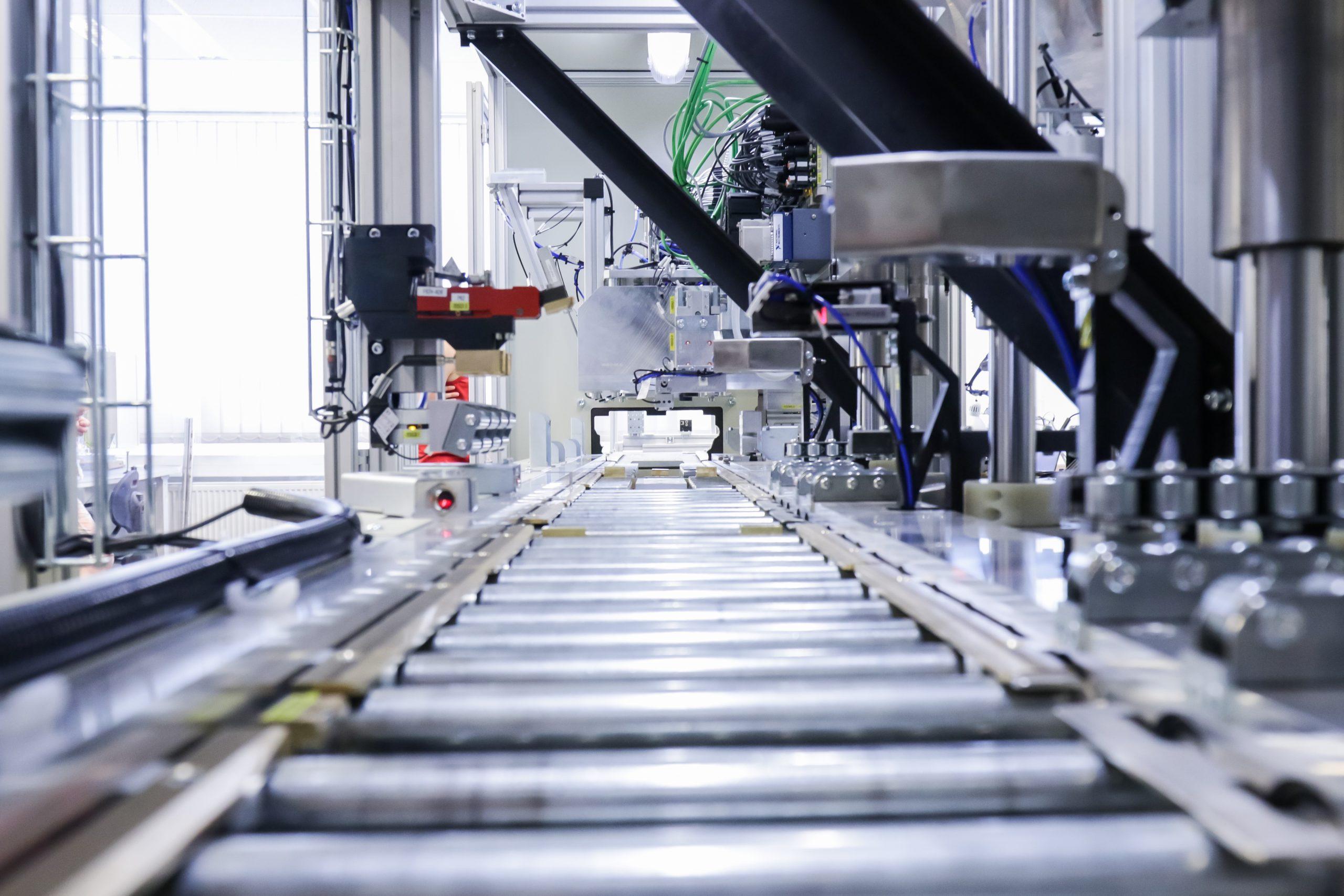 Inline conveyor inspection system